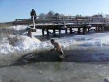 Летом не купался, зимой догоним упущеное!!!
